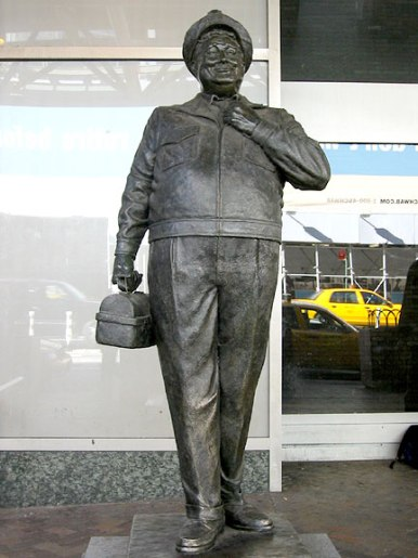 statue7