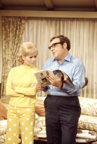 THE DEBBIE REYNOLDS SHOW, Debbie Reynolds, Tom Bosley, 1969-70