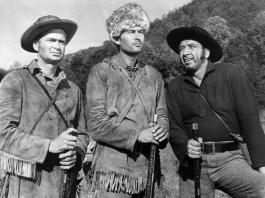 DAVY CROCKETT: KING OF THE WILD FRONTIER, Buddy Ebsen, Fess Parker as Davy Crockett, Mike Mazurki, 1954