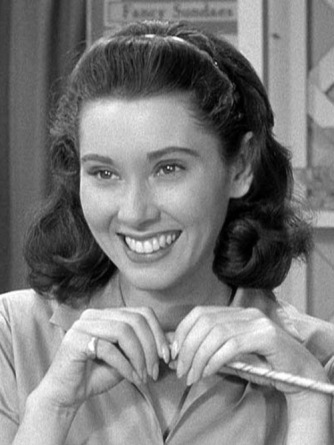 The Andy Griffith Show: Elinor Donahue http://www.andygriffithshow.net/gallery/displayimage.php?album=5&pos=3