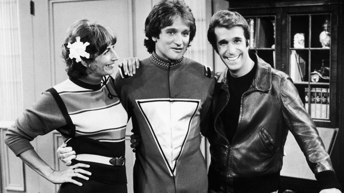 HAPPY DAYS, from left: Penny Marshall, Robin Williams, Henry Winkler, 1974-84.