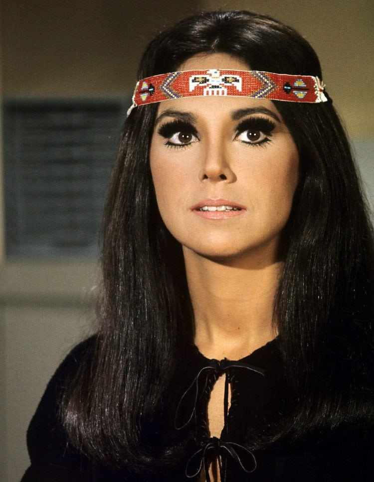 Marlo-Thomas-That-Girl-750x968